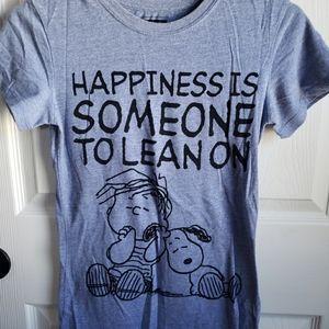 Peanuts snoopy t shirt